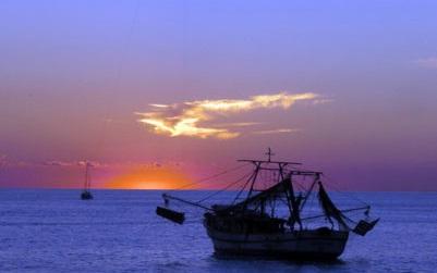 Perla Azul Sailing Tour